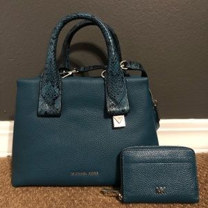 NWOT- Michael Kors Purse and wallet